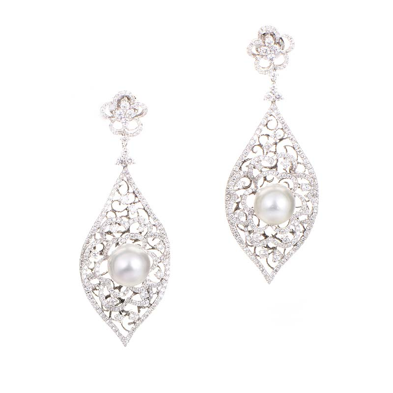 18K White Gold Diamond Lace & Pearl Earrings CED7936
