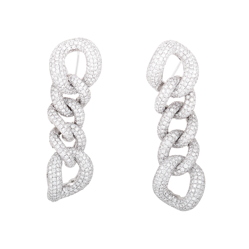18K White Gold Diamond Pave Link Earrings CED8863