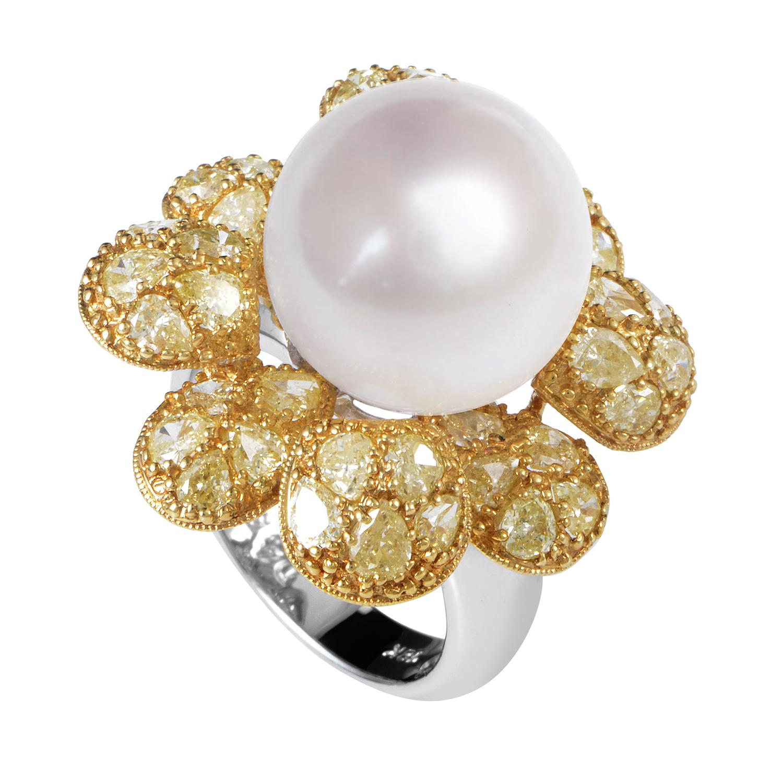 Women's 18K Multi-Tone Gold Diamond & White Pearl Flower Ring CRR1325