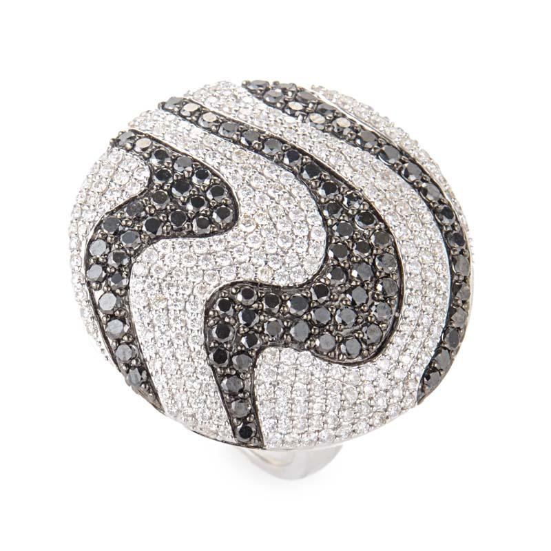18K White Gold Black & White Diamond Pave Swirl Ring CRR7607
