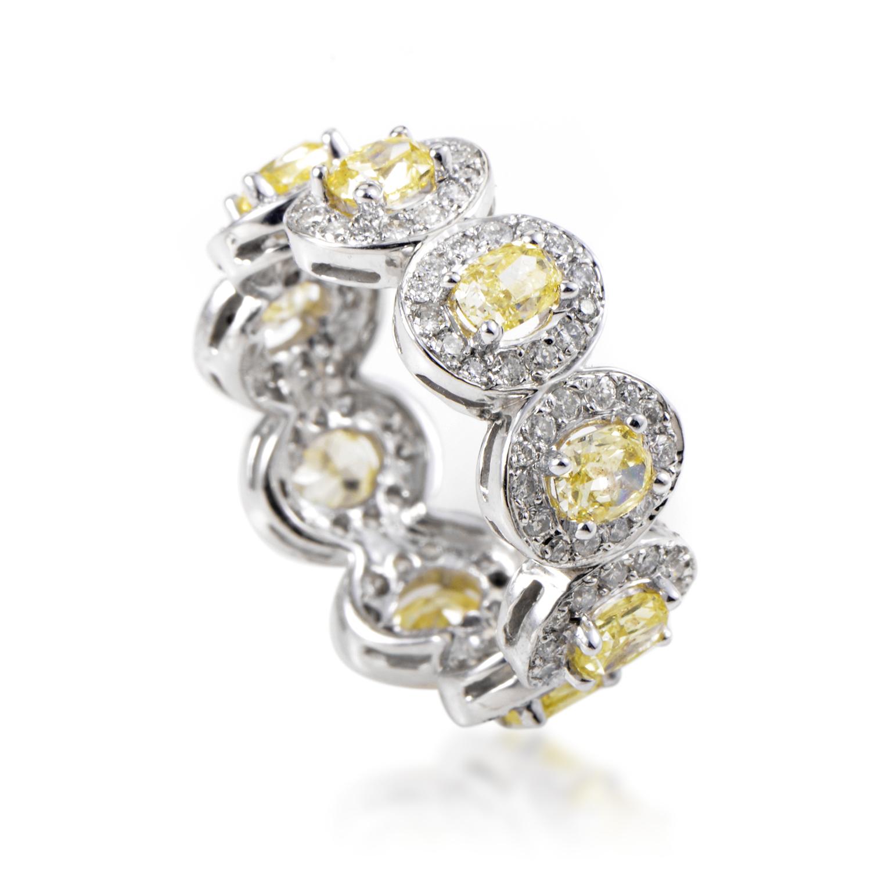 18K White Gold Multi-Diamond Band Ring KOBW15ABBZ
