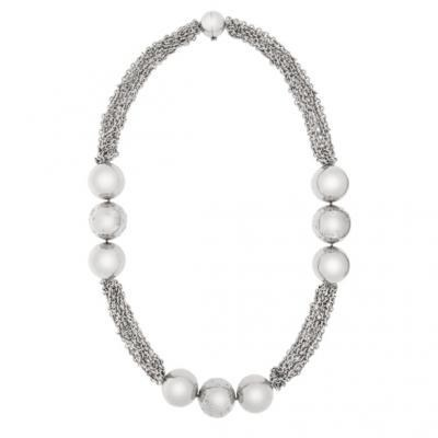 Modern 18K White Gold Bijoux Collier Boule Collection Diamond Necklace