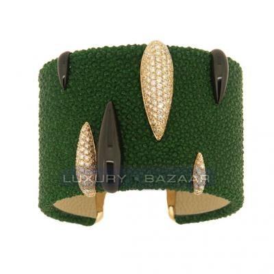Fashionable 18K Yellow and Blackened White Gold Bijoux Galuchat Cuff Bracelet