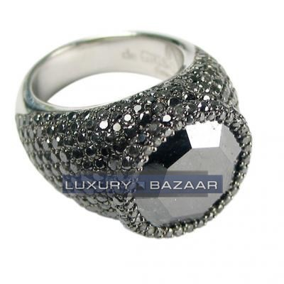 Unique 18K White Gold Bijoux Haute Joaillerie Collection Diamond Ring