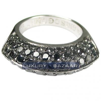 Sleek 18K White Gold Bijoux Bague Sabina Collection Diamond Ring