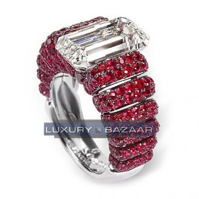 Sophisticated 18K White Gold Bijoux Bague Haute Joaillerie Collection Diamond and Ruby Ring